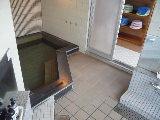 大浴場内部の画像 クリック・Enterで拡大