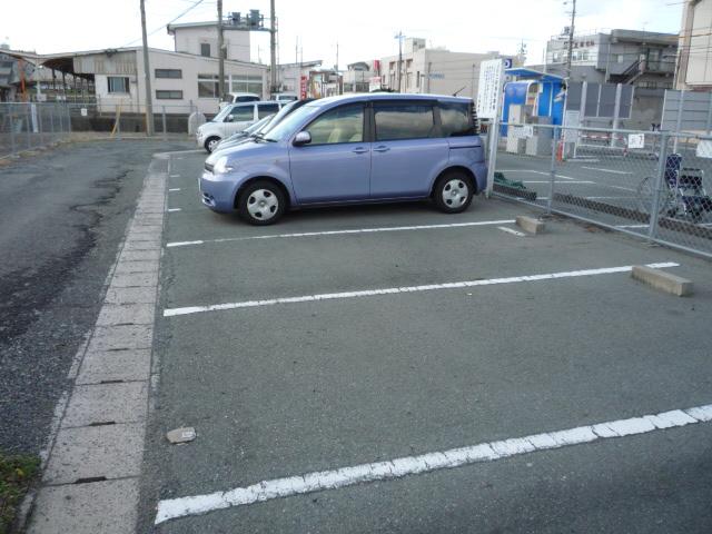駐車場の画像 クリック・Enterで拡大