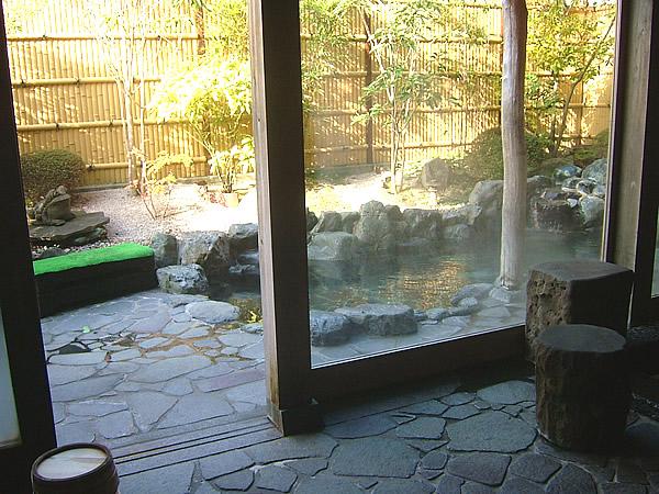 露天風呂入口の画像 クリック・Enterで拡大