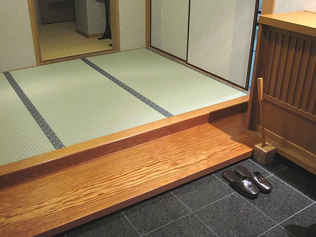 和室の入口の画像 クリック・Enterで拡大