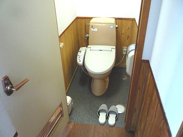 2階様式トイレの画像 クリック・Enterで拡大