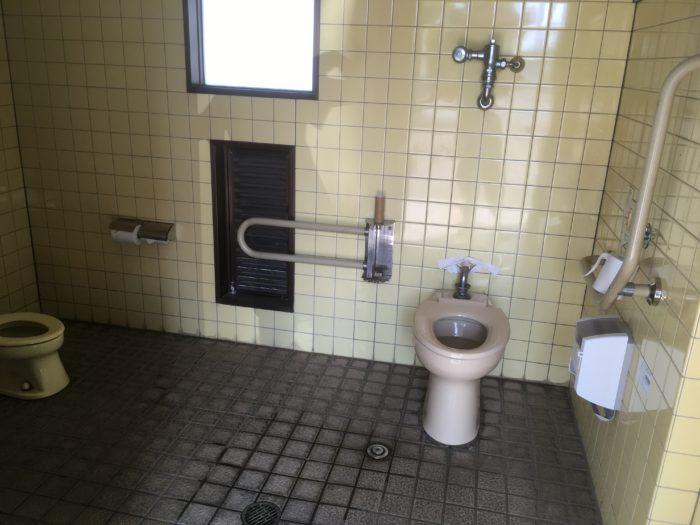 第二乗船場の身障者用トイレの画像 クリック・Enterで拡大